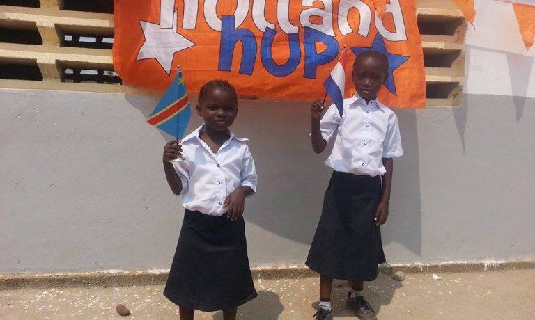 Feest in Muanda: de school is open